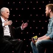 """מתגעגע לקאט ולאקשן: מנחם גולן באחד הראיונות האחרונים שהעניק, לתוכנית """"חי בסרט"""""""