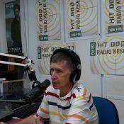 צחוק בשתיים היום בכאן רדיו קסם, 106 FM