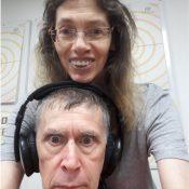 צחוק בשתיים היום ברדיו קסם, 106 FM